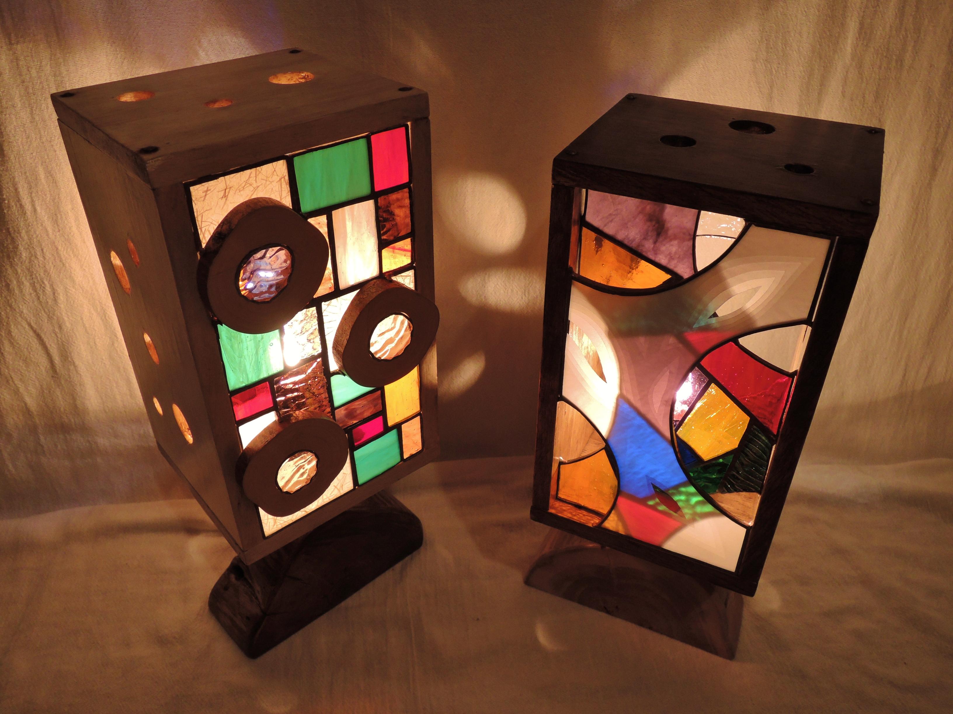 344(スタンド) L sideW16/D14/H39(cm)R side W16/D14/H39(cm) 素材・木・ガラス・紙