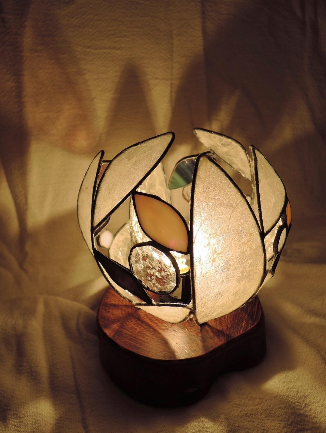 353(テーブル)W14xD14xH16(cm) 素材・木・ガラス・和紙