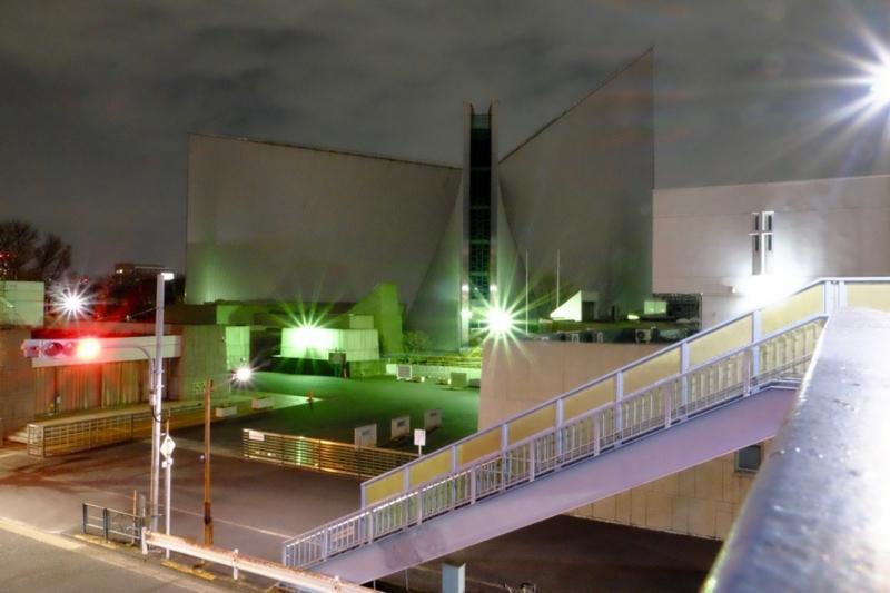 夜のカトリック東京カテドラル関口教会