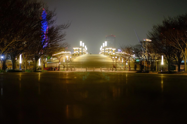 夜の「夢の大橋」遠景