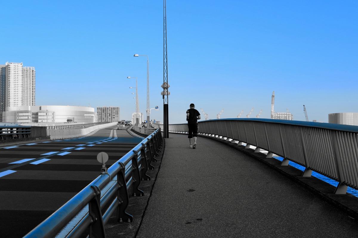 晴海大橋と青空