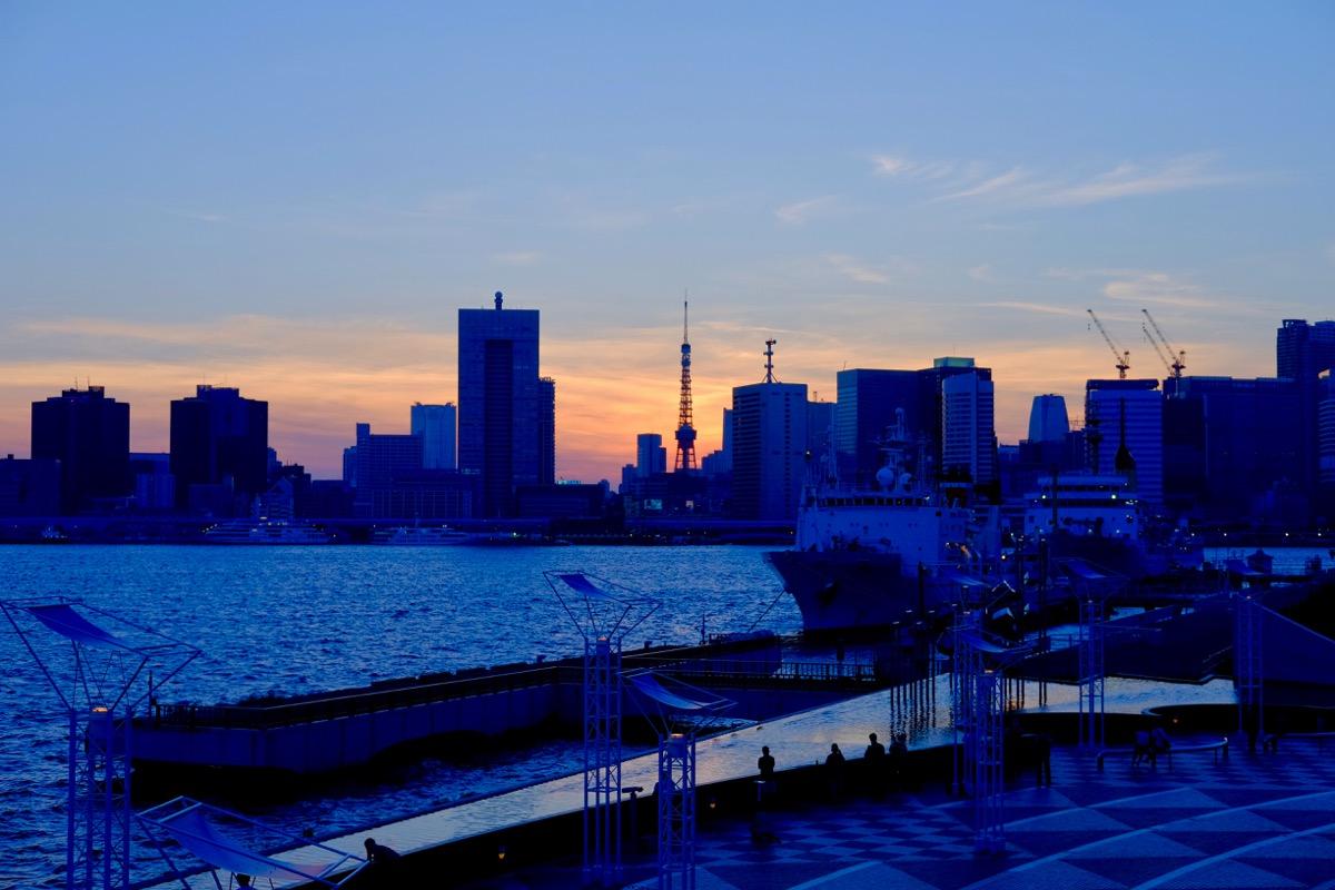 晴海埠頭から臨む、夕暮れの東京タワー5