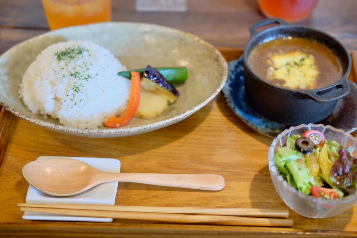 小江戸名物鉄鍋チーズカレー