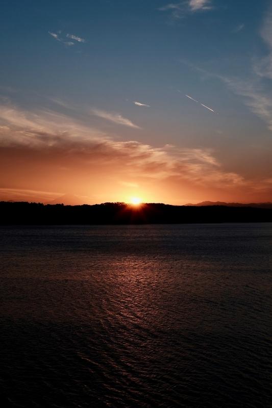 夕暮れの多摩湖2