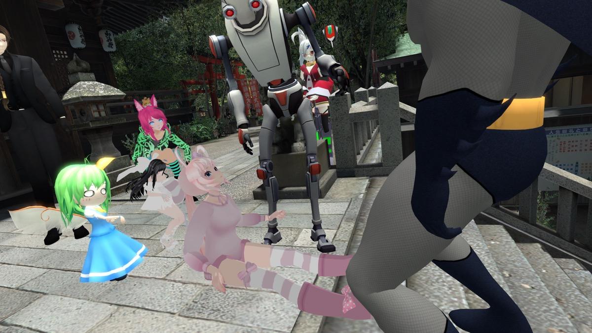 VRChat「Japan Shrine」で戯れるアバターたち