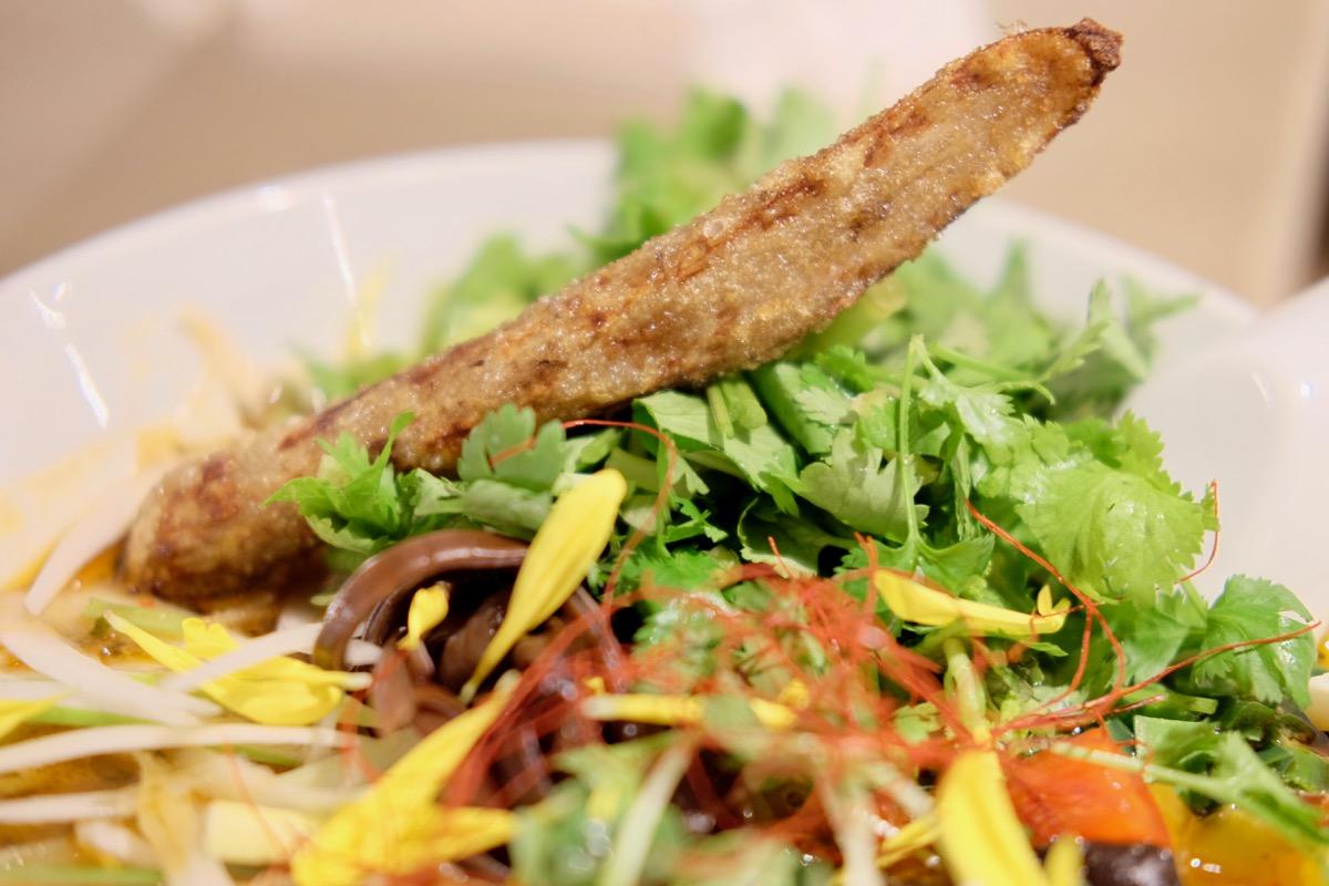 スパイスパクチーラーメンの野菜