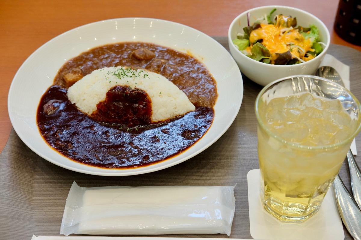 池袋『MARUZEN Café』早矢仕とビーフカレーの2色ソースライス