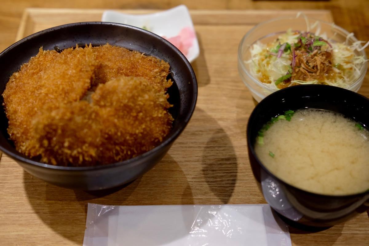『新潟カツ丼 タレカツ 池袋西口店』ランチセット