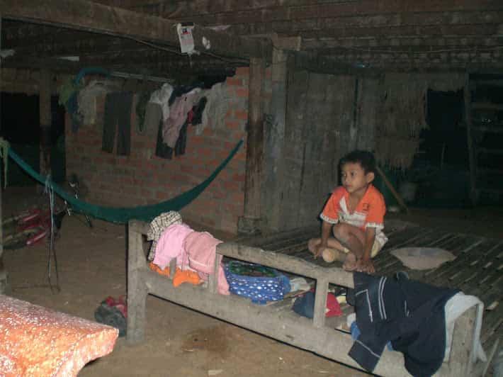 カンボジア-シェリムアップで仲良くなった人の家