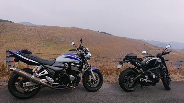 GSX1400とXSR900