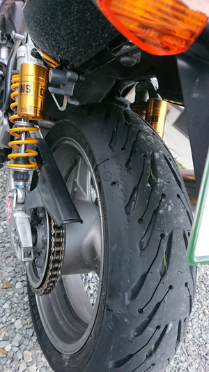 CB400SFのタイヤ