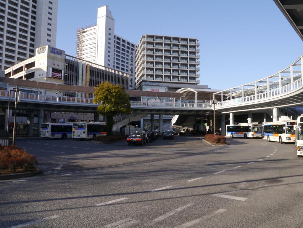 海老名駅駅前