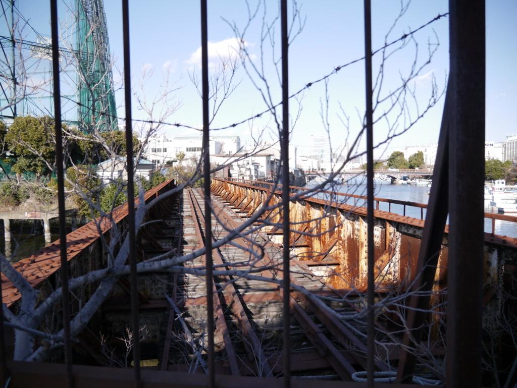 貨物線の廃線を近影