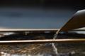 [神社][手水舎][和][水]竹筒から注がれる水1