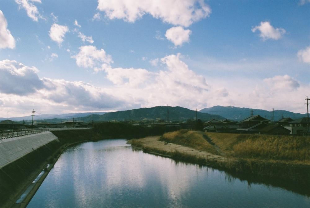 空と川、現世と向こう