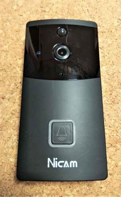 防犯カメラ付インターホン1