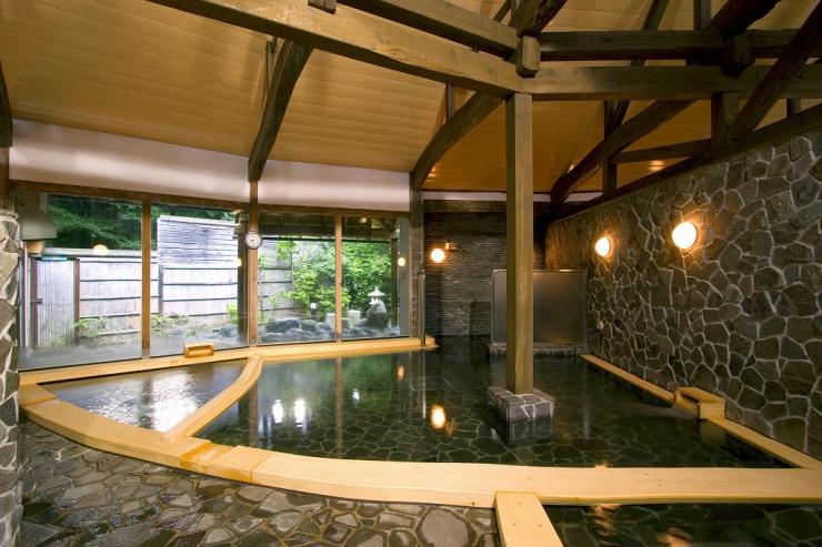 山中湖平野温泉 石割の湯