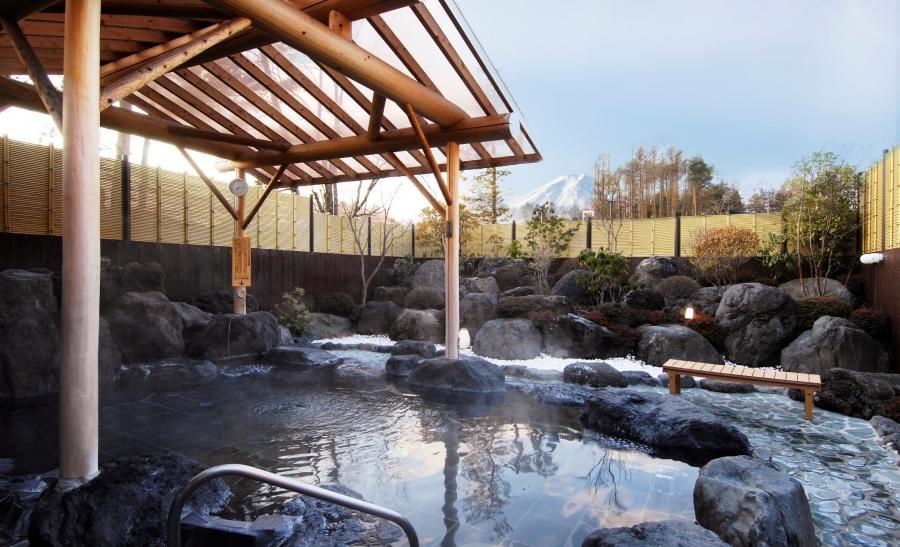 富士山溶岩の湯 泉水