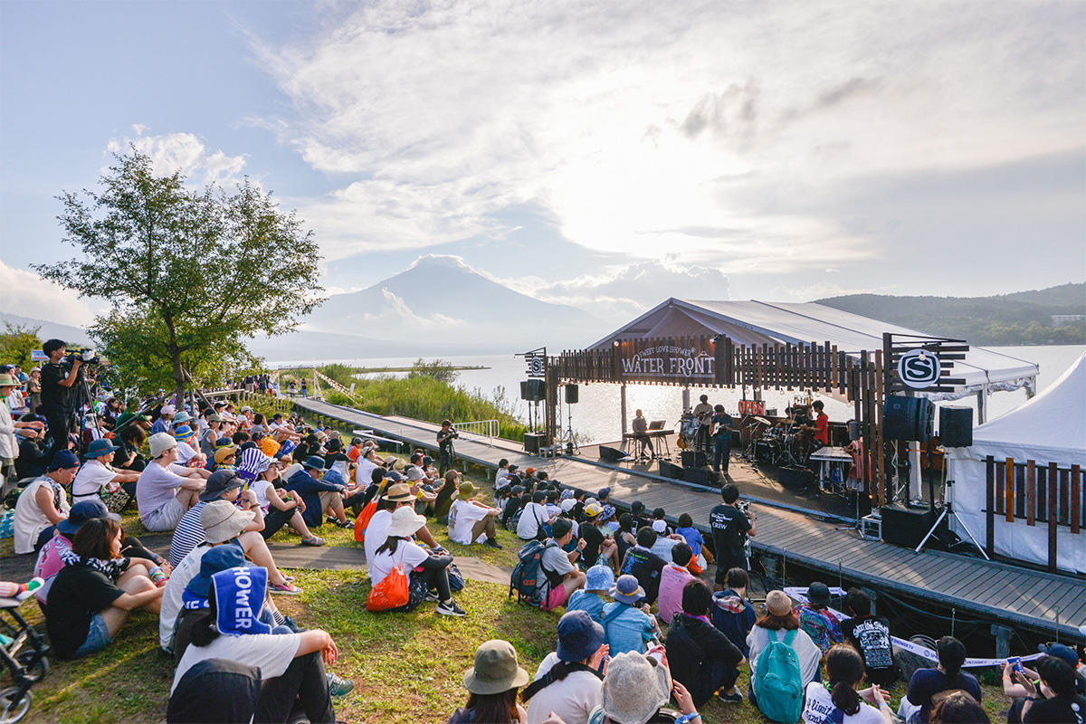 ラブシャのWATERFRONT STAGE