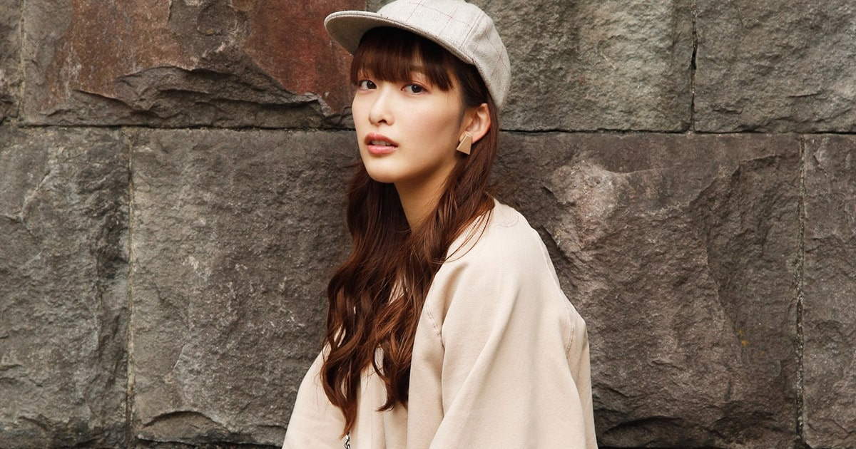 雰囲気かわいい女性アーティストの長屋晴子