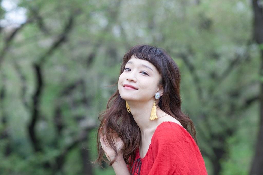 雰囲気かわいい女性アーティストのタカハシマイ