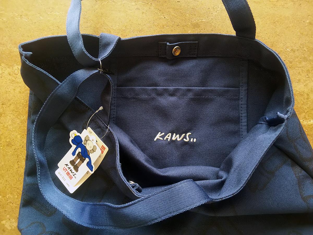 ユニクロ KAWS トートバッグ
