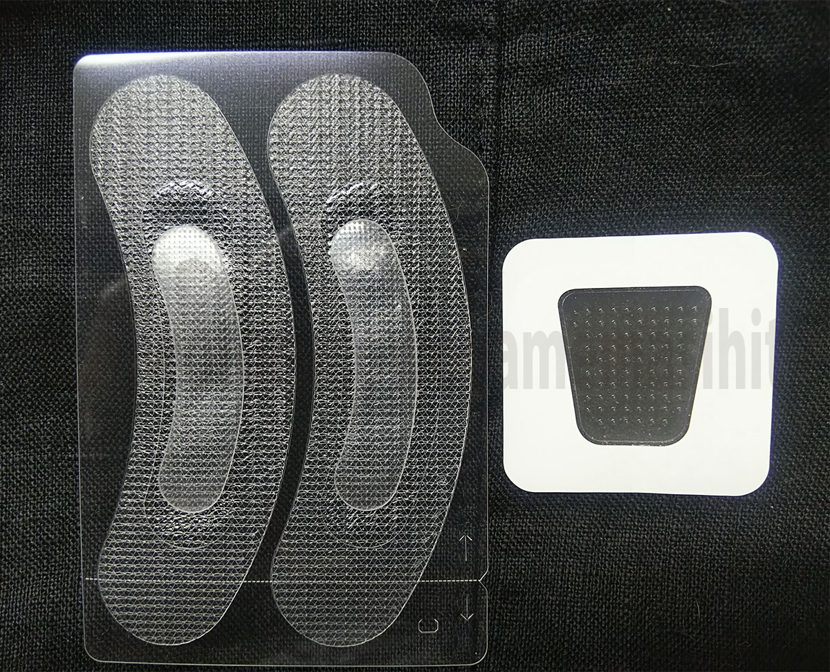 左:ヒアロディープパッチ 右:ミケンディープパッチ