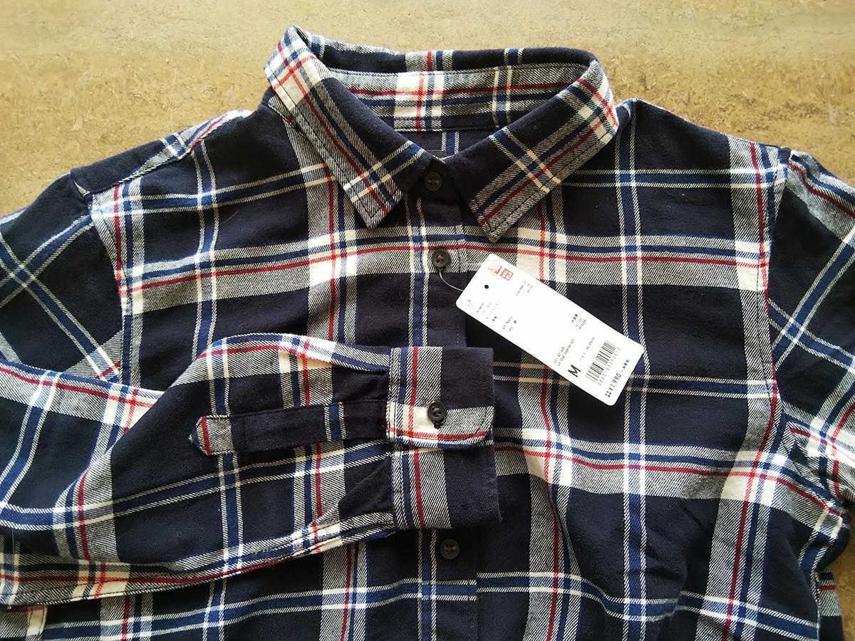ユニクロのフランネルシャツ(Mサイズ)