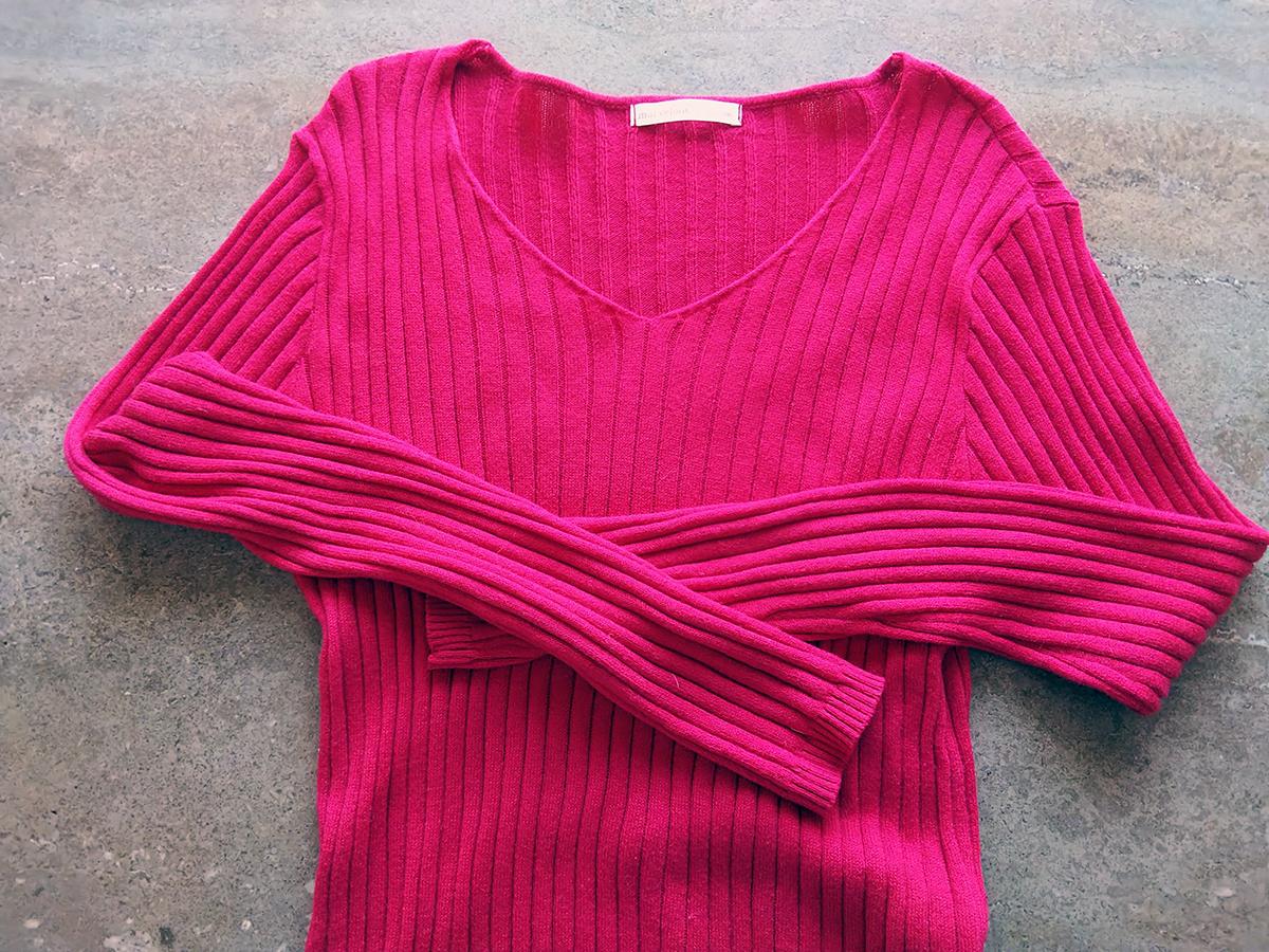 薄くて縫製の悪い服