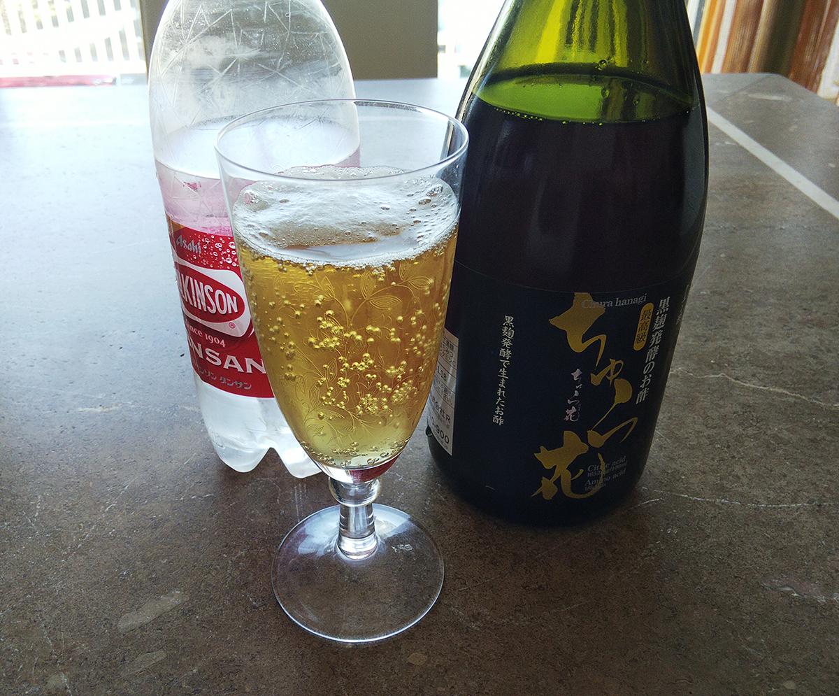 マイセンのワイングラスで炭酸割り
