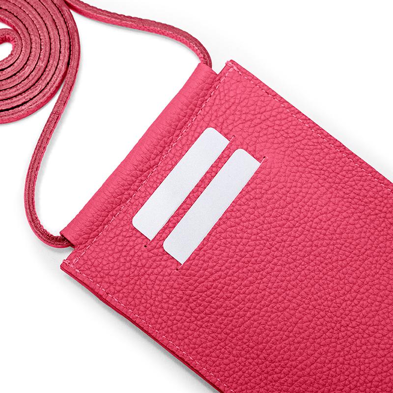 カードポケット×2(背面)