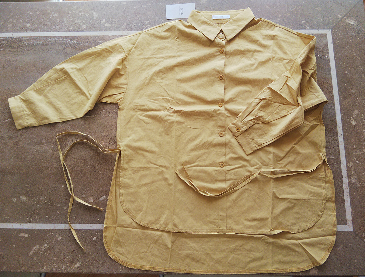 サイドリボンデザインバックロングシャツの実物