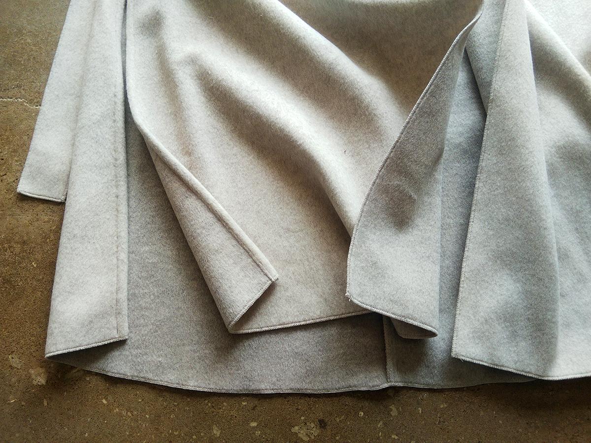 コートの裾
