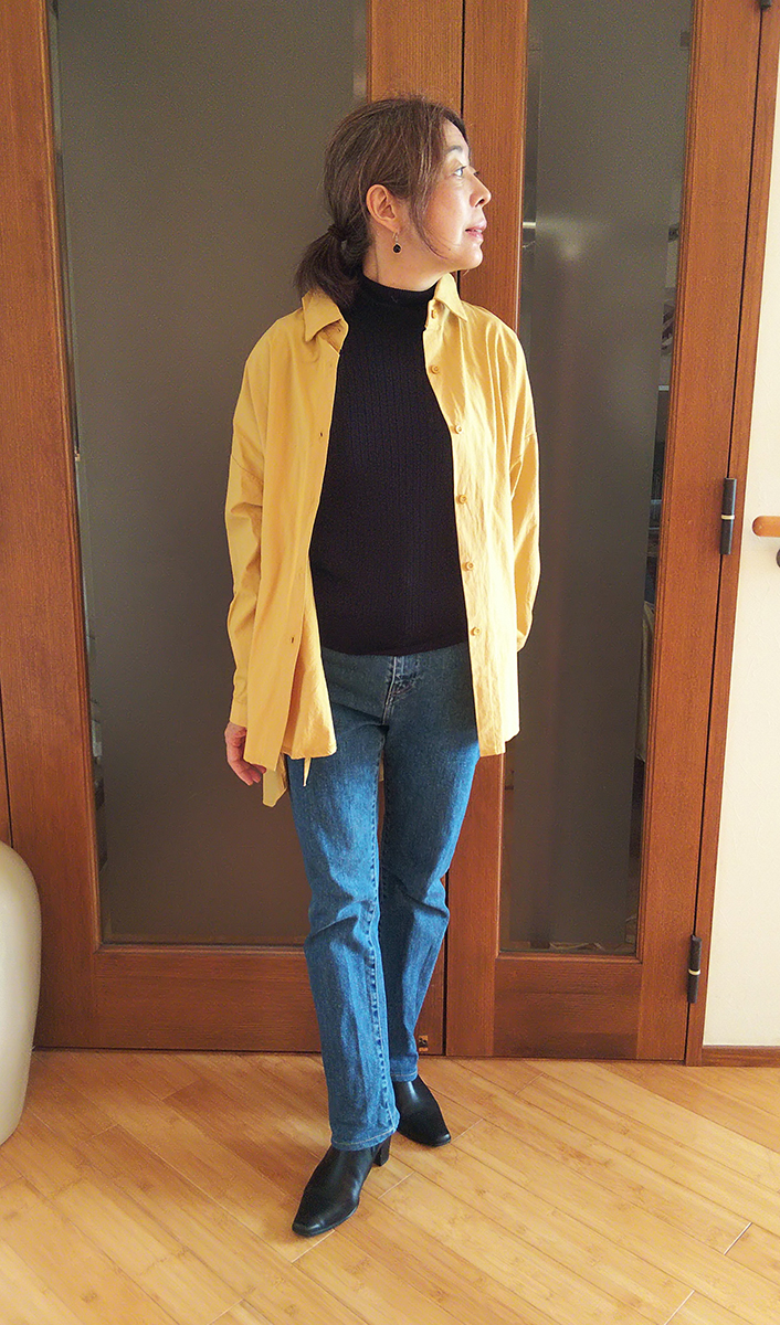 サイドリボンデザインバックロングシャツとのコーデ