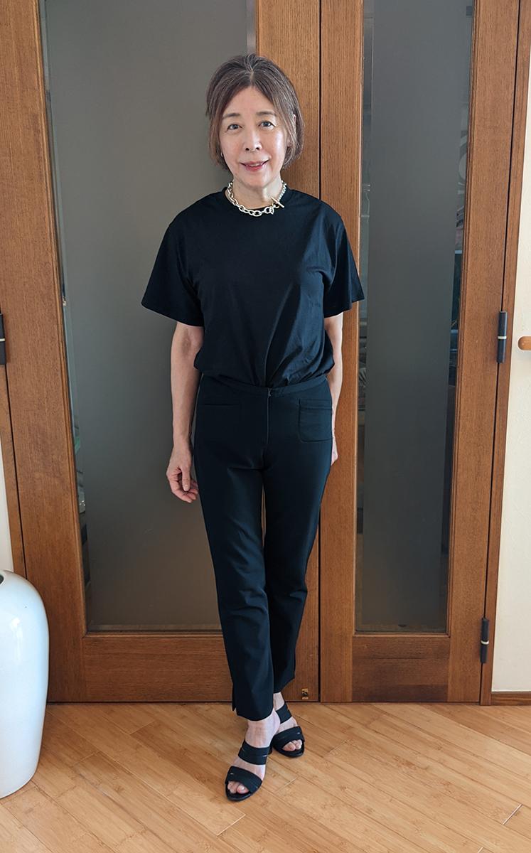 DKNYのパンツとコーデ