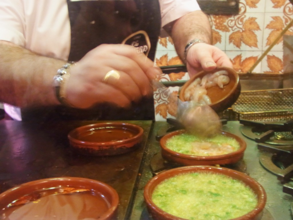 マドリッドのバルで美味しいスペイン料理を