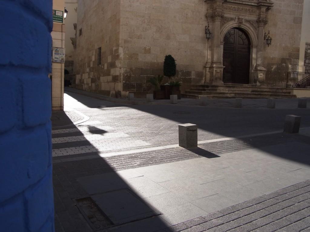 王立受肉修道院前のロケ地