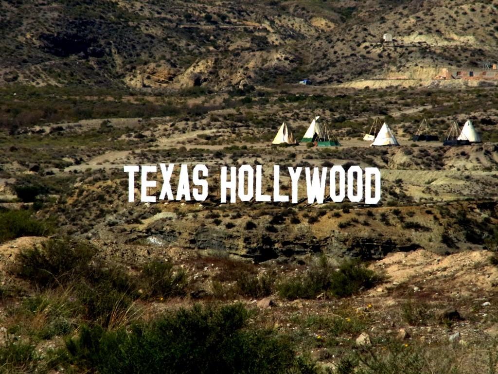 よく考えるとここはテキサスでもハリウッドでもない