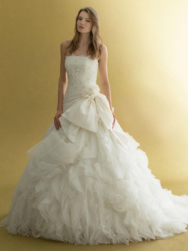 Aライン ウェディングドレス種類