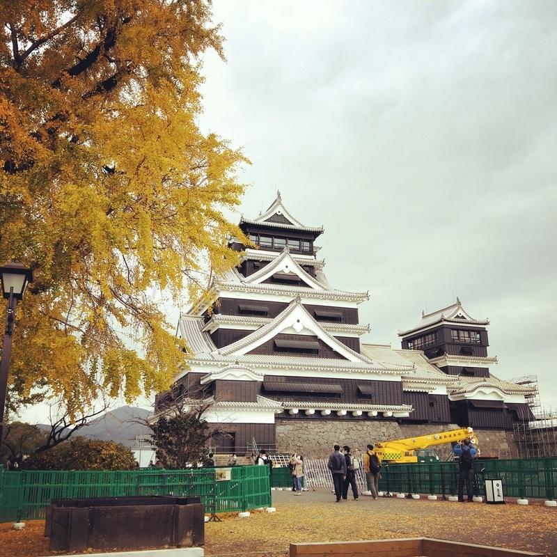 熊本城の大天守と小天守