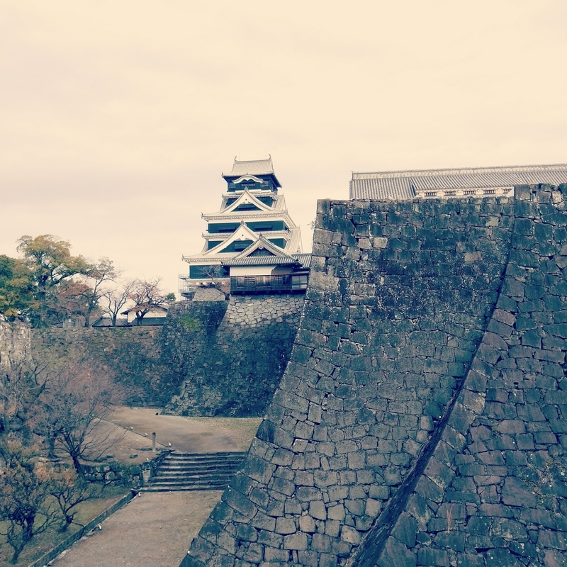 熊本城の石垣の武者返し