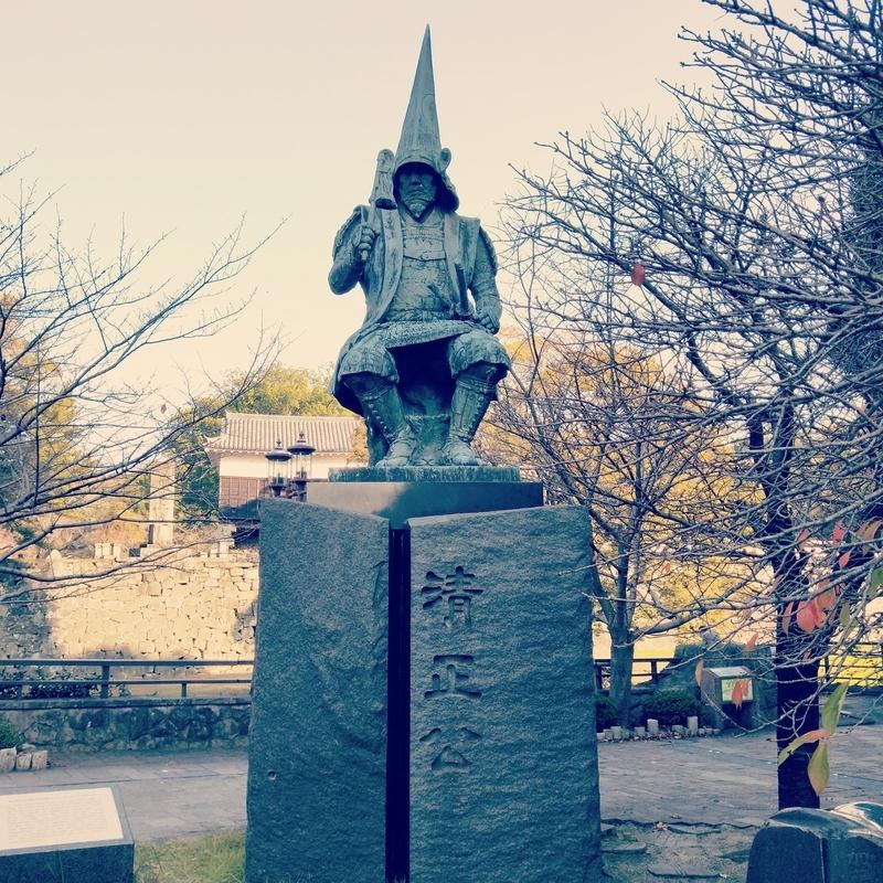 熊本城周辺にある加藤清正の像