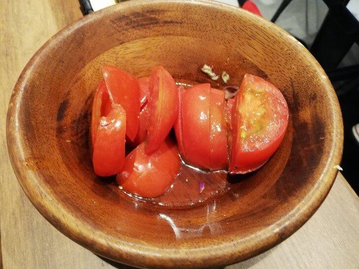 ハヌリでトマトおかわり