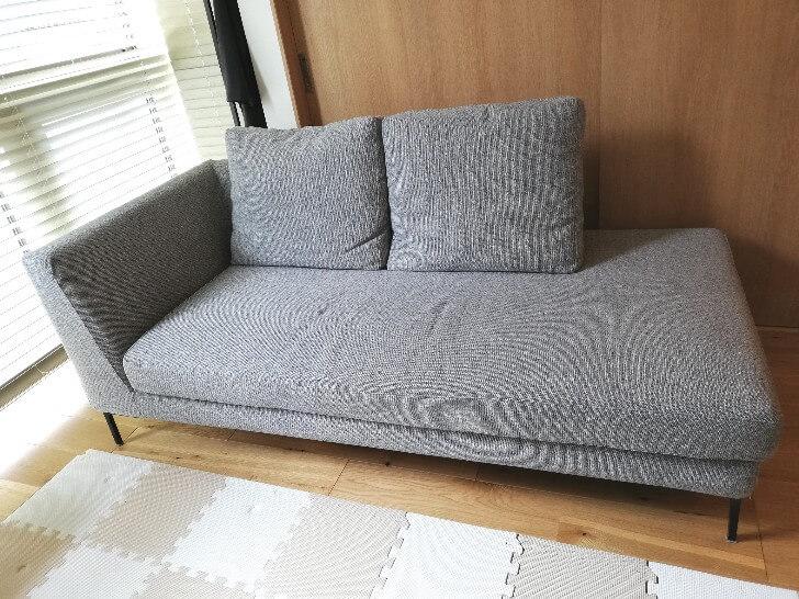 esticのソファ