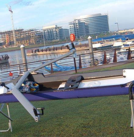 Sykes艇のアルミウィングリガー