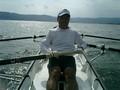 新型KF艇を初めて漕ぐ。安定性良好。軽いのでスイスイ進む