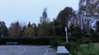 20111025064215