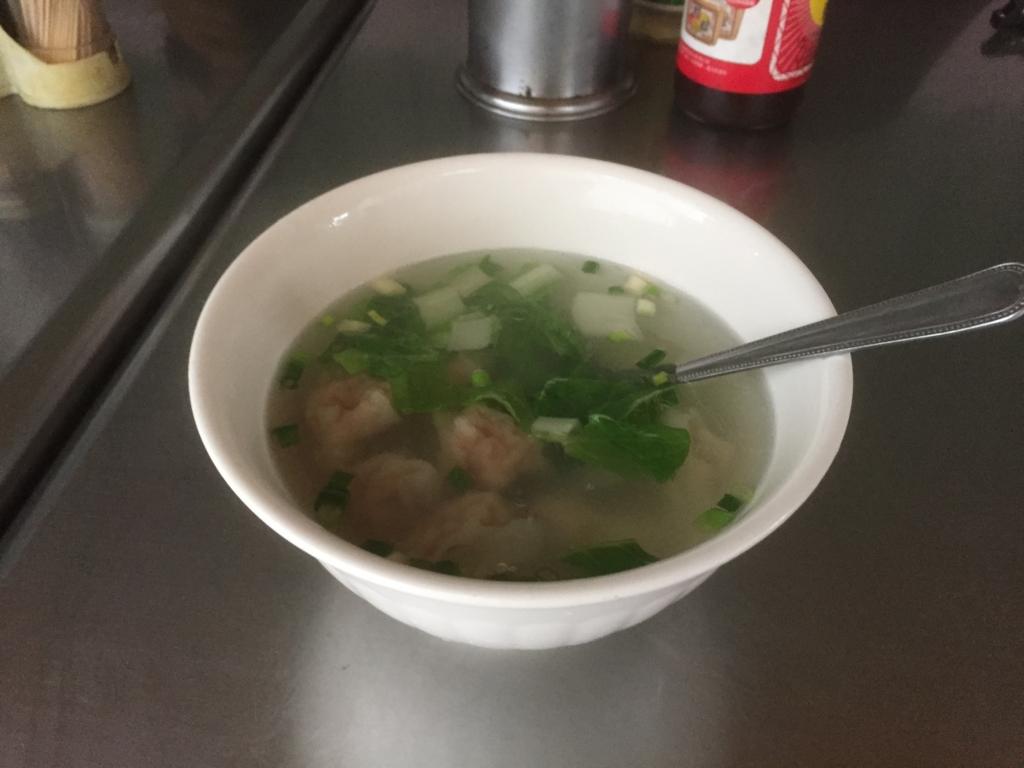 台湾 ワンタンスープ
