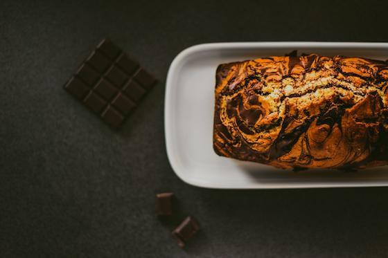 仕事や勉強で疲れたときにはチョコレートがオススメな理由を解説していきます。