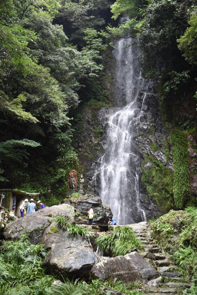 佐賀県小城市の清水の滝